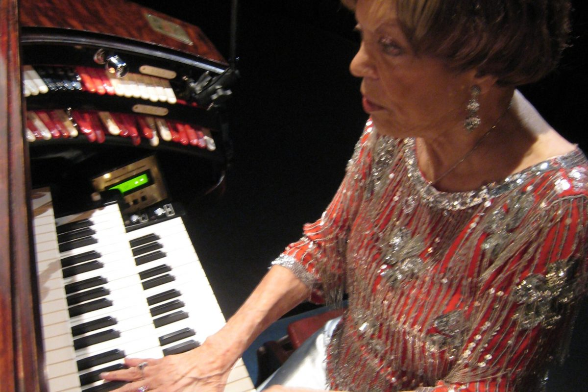 Rosa Rio, age 105, performance day at the Mighty Wurlitzer, Tampa Theatre